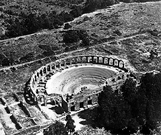 Theatre and thermae in the city of Ferento. View from above. 1st century BCE.