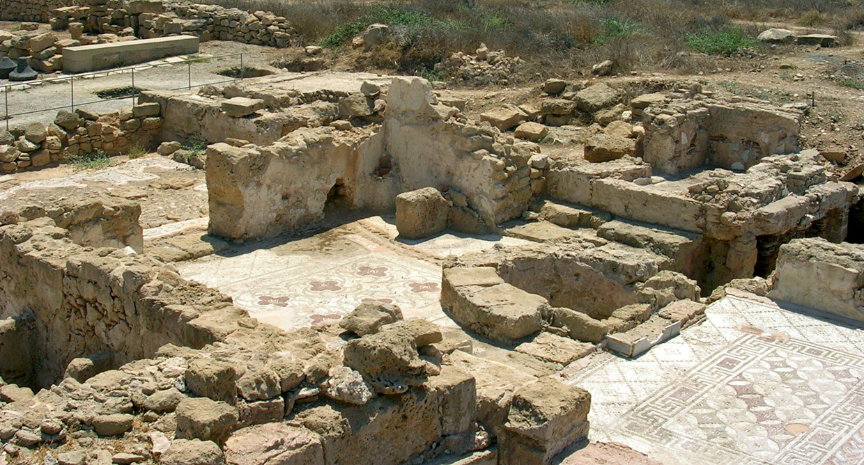 The Villa of Theseus. Bath complex. Apoditerium, basin for foot-washing, oven. Second half of the 2nd century CE. Cyprus. Paphos, Archaeological Park