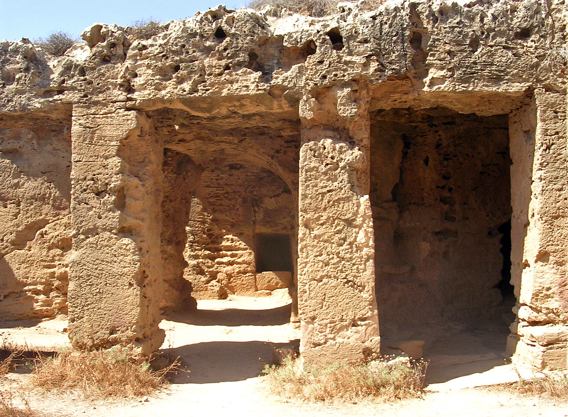 Tomb V. Portico and exit to the dromos. Hellenistic period (3rd—1st centuries BCE). Cyprus. Paphos, Tombs of the Kings