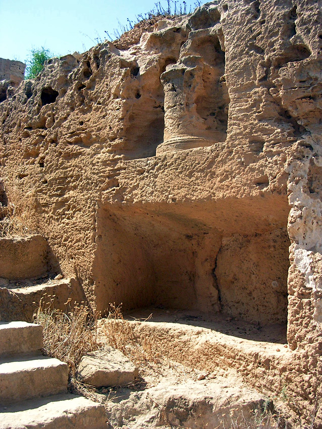 Tomb V. Dromos. Burial niche and cippus. Hellenistic period (3rd—1st centuries BCE). Cyprus. Paphos, Tombs of the Kings