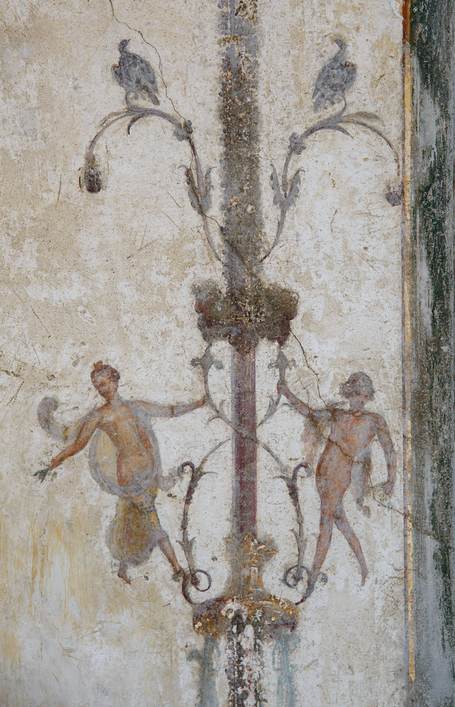 Fragment of the fresco decoration.  Castellammare di Stabia, Villa Ariadne
