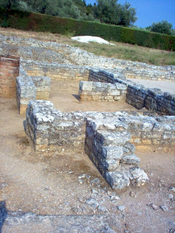 House of the Skeletons. Kitchen and subservient area. Conimbriga (Portugal). 1st—4th centuries.