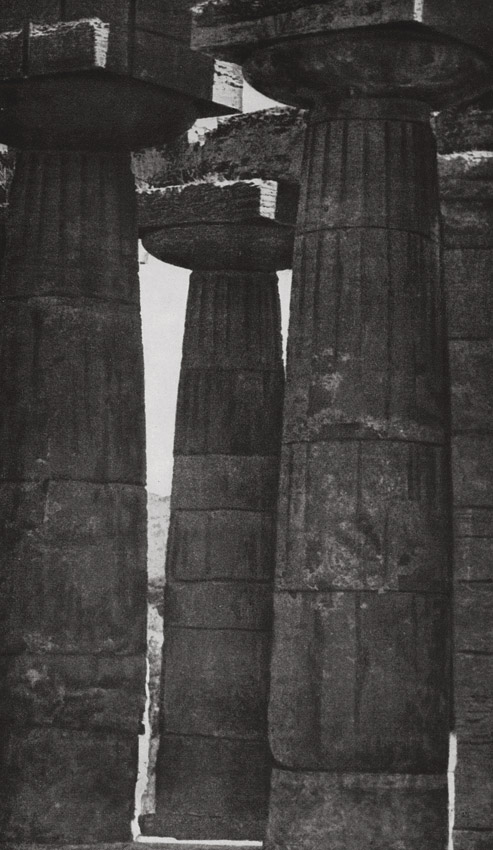 Colonnade of the temple of Hera at Selinunte. 6th BCE. Selinunte
