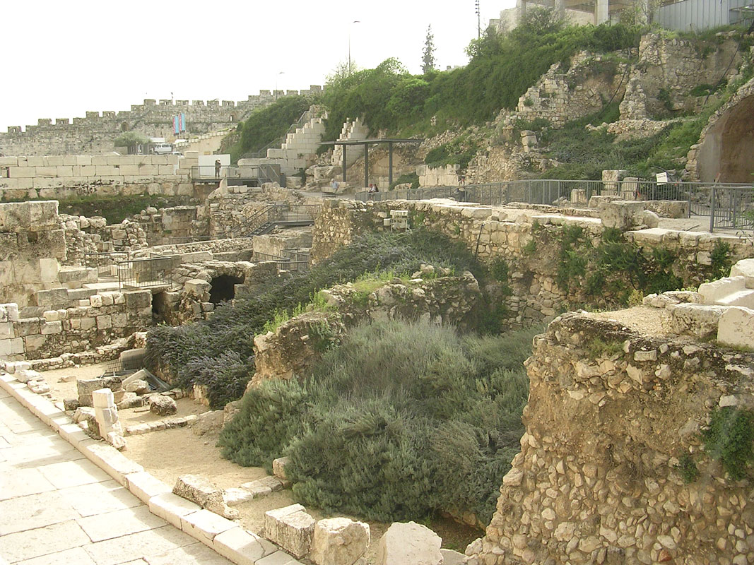 The remains of the shops along the Herodian street and the Western Wall. Ca. 20 BCE — 70 CE. Jerusalem, Archaeological Park