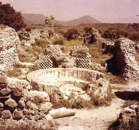 View of the acropolis in Cumae. The foundation of the temple of Apollo and the Sacred road (via Sacra).