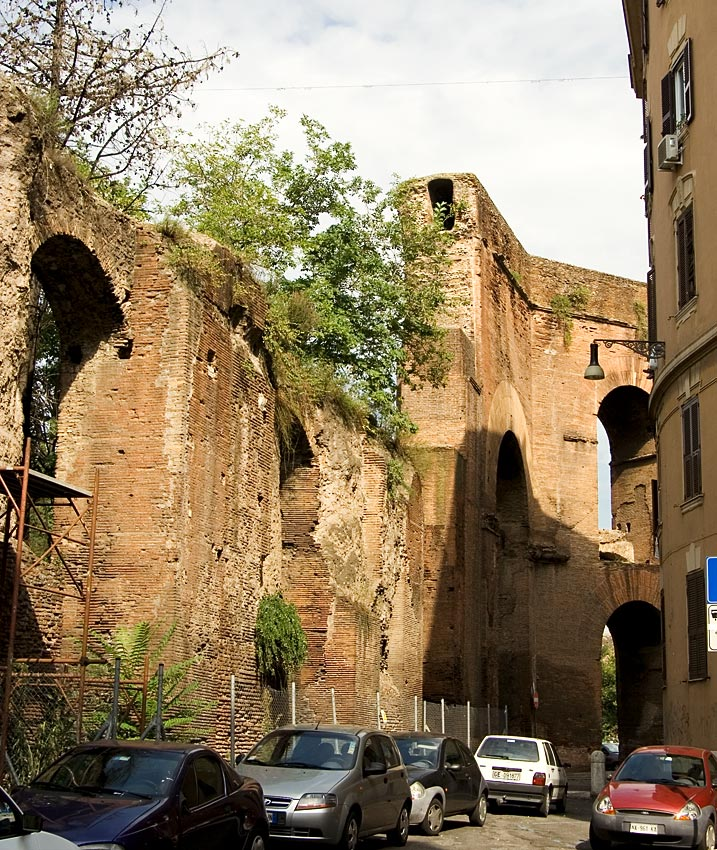 Arcus Neroniani (a branch of the Aqua Claudia). 1st century CE. Rome
