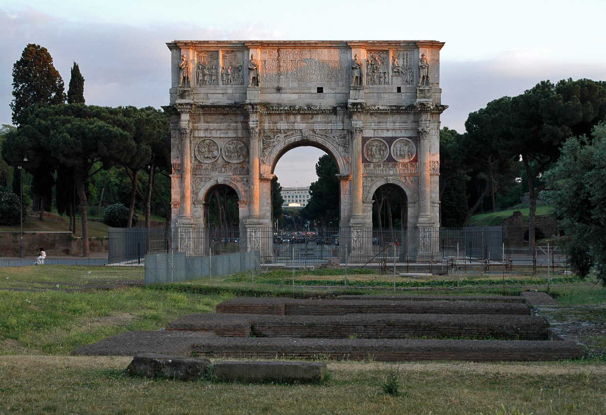 Arch of Constantinus. North side. 312—315 CE. Rome, Arch of Constantine