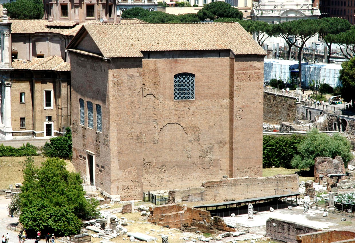 Curia Julia. View from the side of Palatine. Rome, Roman Forum