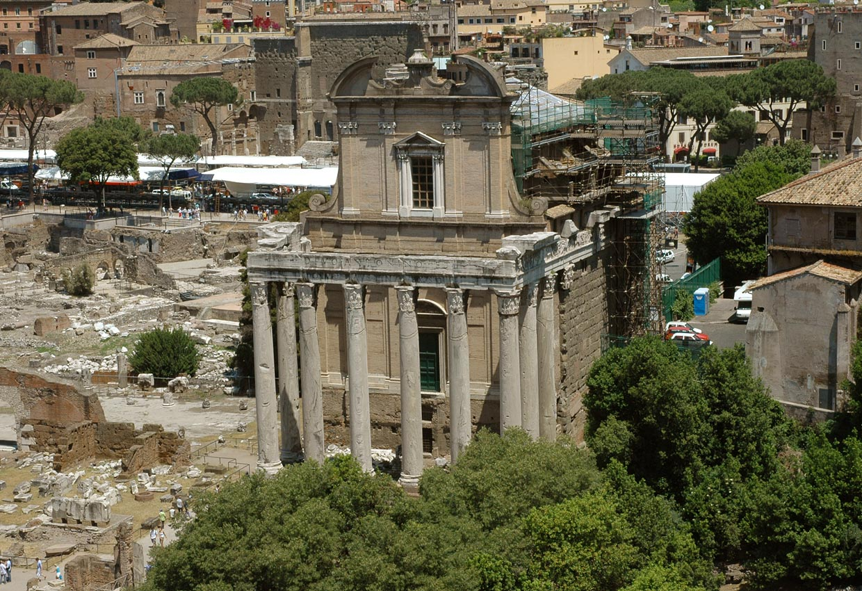 Temple of Antoninus and Faustina. View from the Palatine. 141 CE. Rome, Roman Forum