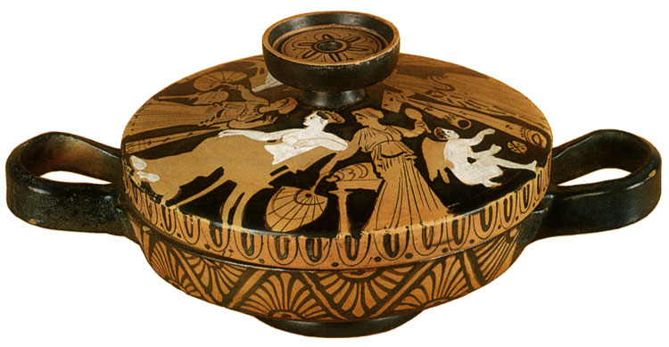 Aphrodite and Eros. Red-figure lekana with a cover. Attic. By the Report Painter. Clay. 380—370 BCE.  Inv. No. Б. 6806. Saint Petersburg, The State Hermitage Museum