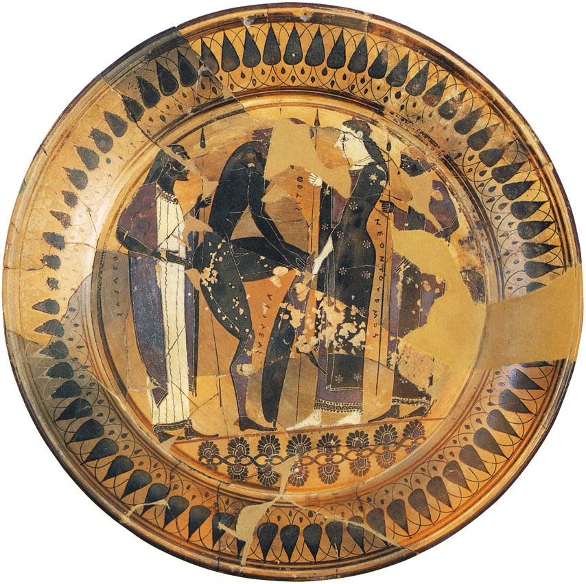 Achilles puts on the armour shaped by Hephaestus. Peleus the father of Achilles, Achilles, Thetis the mother of Achilles, his son Neoptolemus (Pyrrhus) are represented. Red-figure dish. Clay.