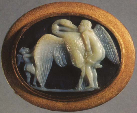 Leda and the swan. Sardonyx. 1st century BCE. 2.1 × 2.8 cm. Inv. No. Ж 305. Saint Petersburg, The State Hermitage Museum