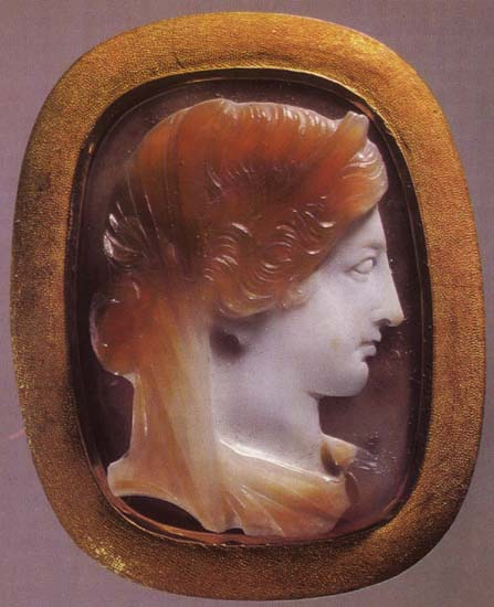 Hera. Sardonyx. 1st century. 2.9 × 2.2 cm. Inv. No Ж 308. Saint Petersburg, The State Hermitage Museum