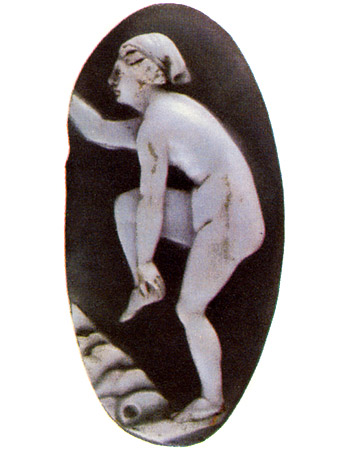 Bather. Two-layered onyx. Roman, 1st century BCE — 1st century CE. 3.2 × 1.5 cm. Saint Petersburg, The State Hermitage Museum