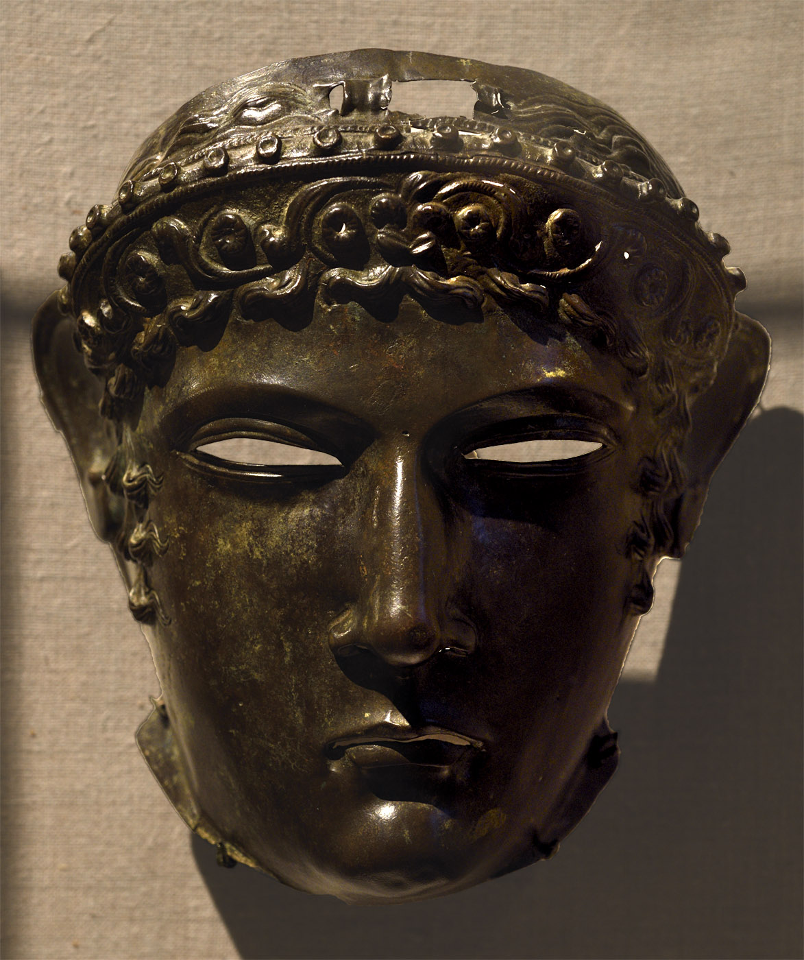 Bronze cavalry sports mask. Roman, 2nd cent. CE. Inv. No. Инв. № L.2007.8.1. New York, the Metropolitan Museum of Art
