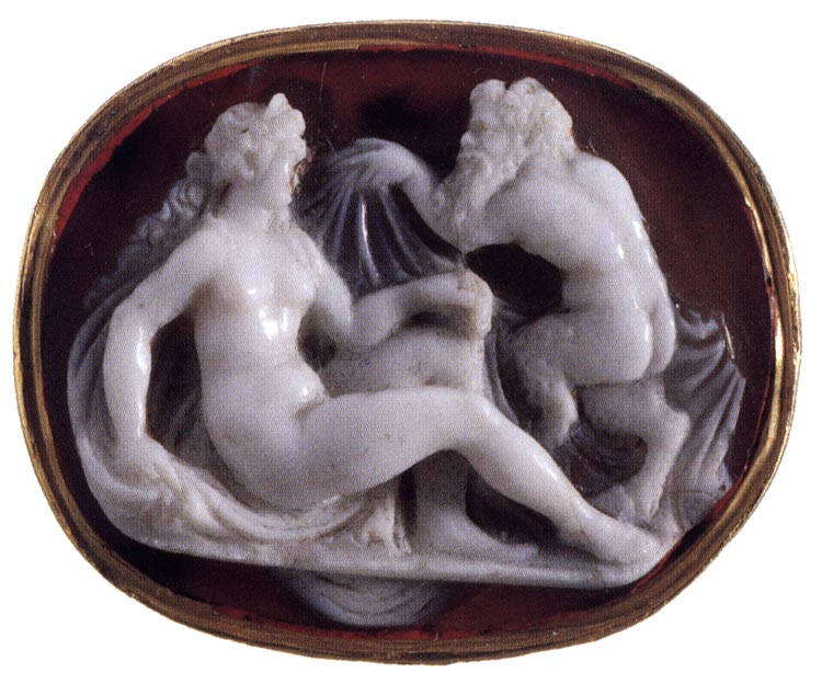 Nymph and Faun (Antiope and Zeus?). Italy. Late 16th century. Cameo. Agate—onyx, gold.  Inv. No. К 2333. Saint Petersburg, The State Hermitage Museum