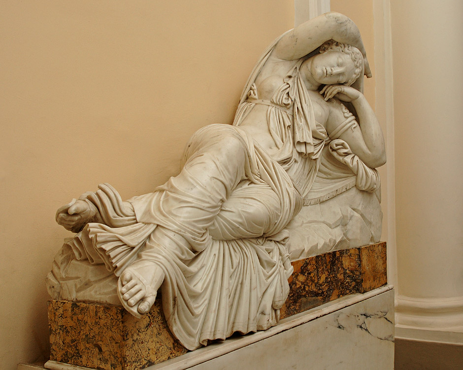 Sleeping Ariadne (after the Antique). Paolo Andrea Triscornia (1757—1833). Marble. 1787—1798. Saint Petersburg, The State Hermitage Museum