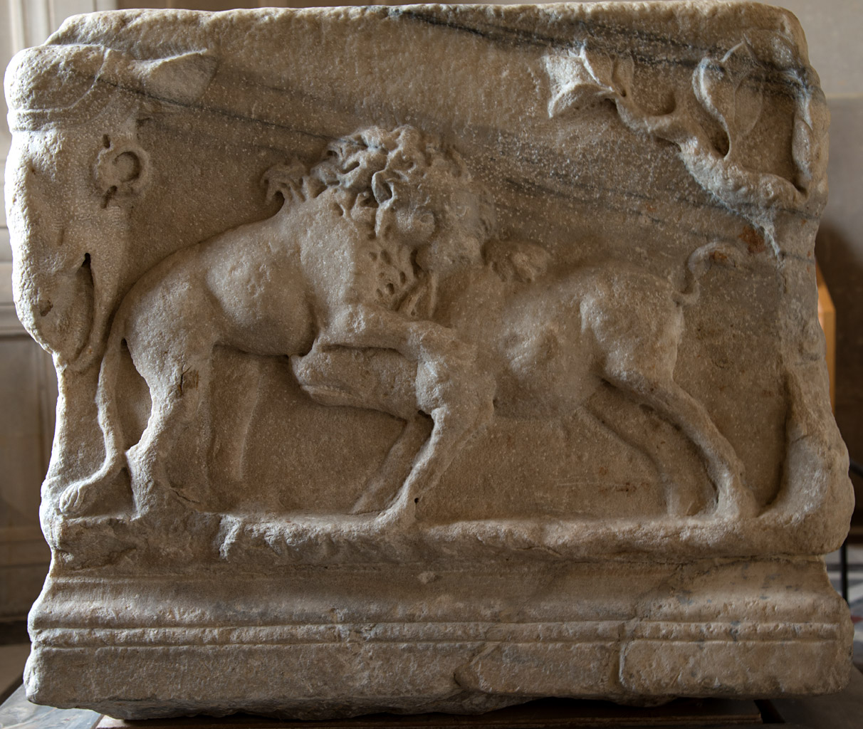 Sarcophagus with a myth of Selene and Endymion (right-side panel). Marble. Mid-2nd cent. CE. Asia Minor production (region of Smyrna). Inv. No. Ma 1384. Paris, Louvre Museum
