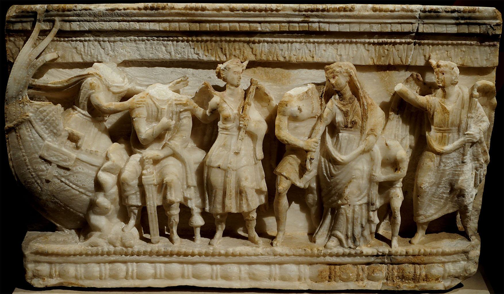 Abduction of Helen, wife of Menelaus, king of Sparta, by the Trojan prince Paris. Front relief of an Etruscan cinerary urn. Alabaster. Second half of the 2nd century BCE. Inv. No. I 1035. Vienna, Museum of Art History