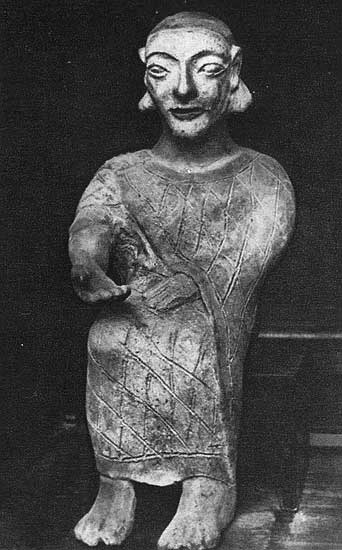 Statuette from the tomb in Cerveteri (Caere). Terracotta. 6th century BCE. Rome, Capitoline Museums