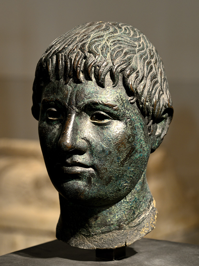 Head of young man from Fiesole. Bronze. Ca. 300 BCE. Inv. No. Br 19. Paris, Louvre Museum