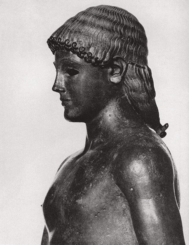 """Apollo from Piombino."" Detail. Bronze. Second quarter of the 5th century BCE. Paris, Louvre Museum"