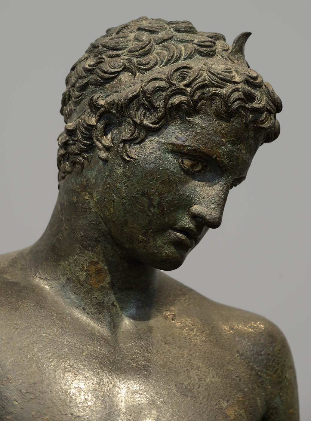 Young athlete (close-up). Bronze. 340—330 BCE. Inv. No. X. 15118. Athens, National Archaeological Museum