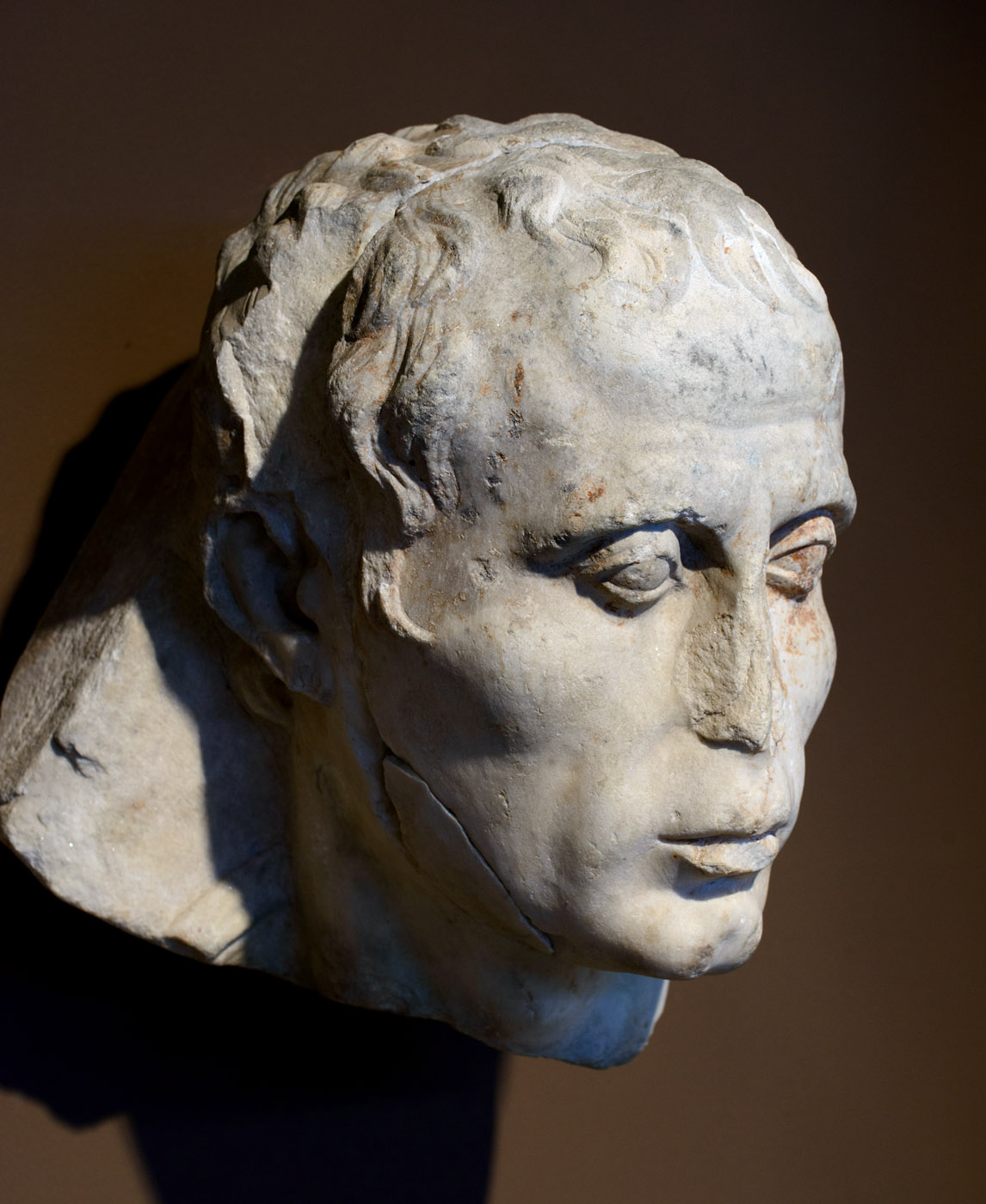 Male portrait. Marble. Attic workshop. 1st cent. BCE. Thessaloniki, Archaeological Museum