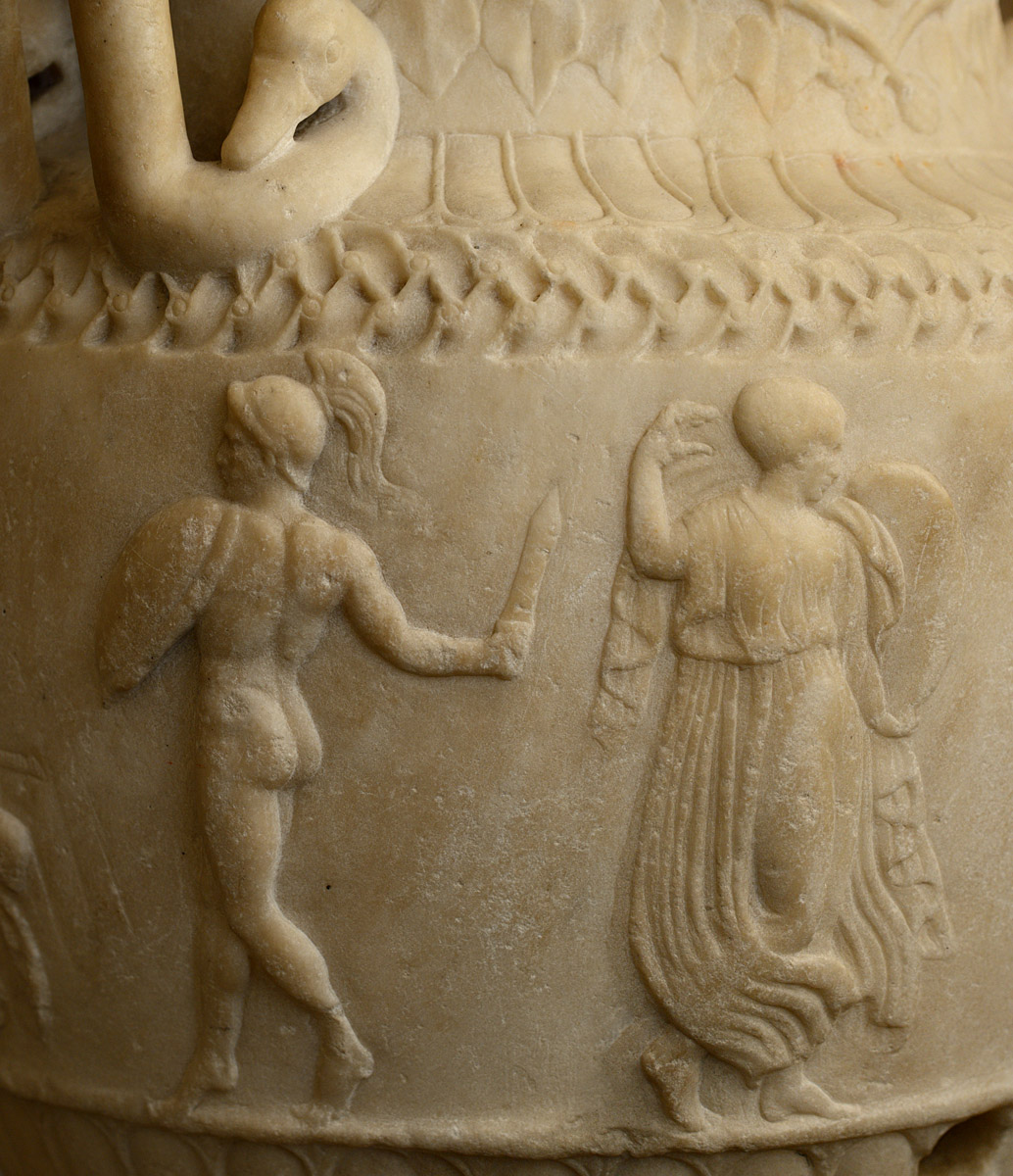 Sosibios vase (close-up). Pentelic marble. Neo-attic work ca. 50 BCE. Height of antic part 65 cm; total height 78 cm. Inv. No. MR 987 / Ma 442. Paris, Louvre Museum