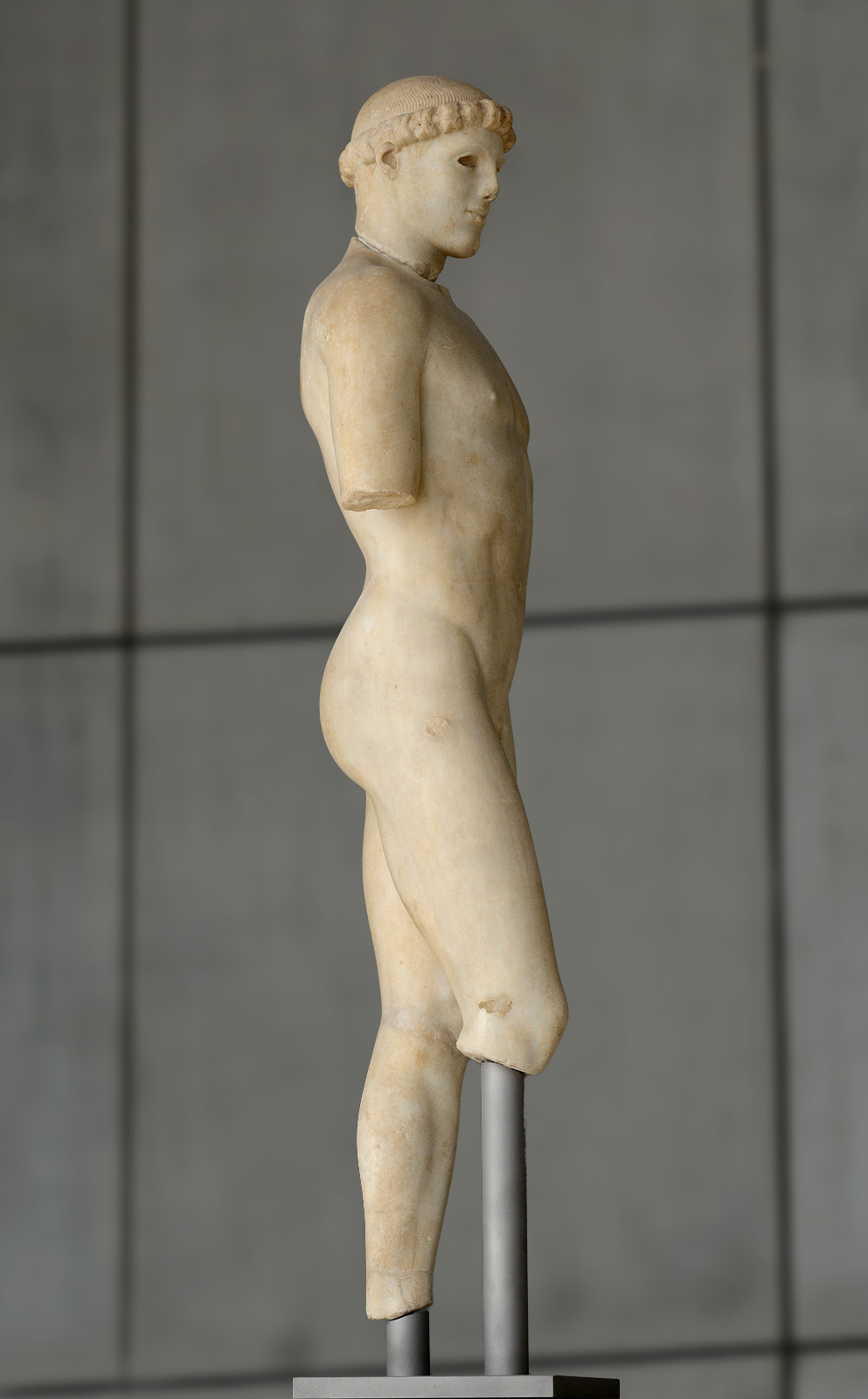 """Nude ephebe (so-called """"Kritios Boy""""). Marble. After 480 BCE. Inv. No. Acr. 698. Athens, New Acropolis Museum"""