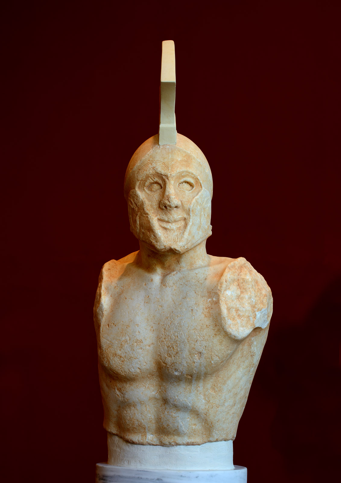 """Statue of a hoplitodromos (running hoplite), known as """"Leonidas"""". Marble. 480—470 BCE. Inv. No. 3365. Sparta, Archaeological Museum"""