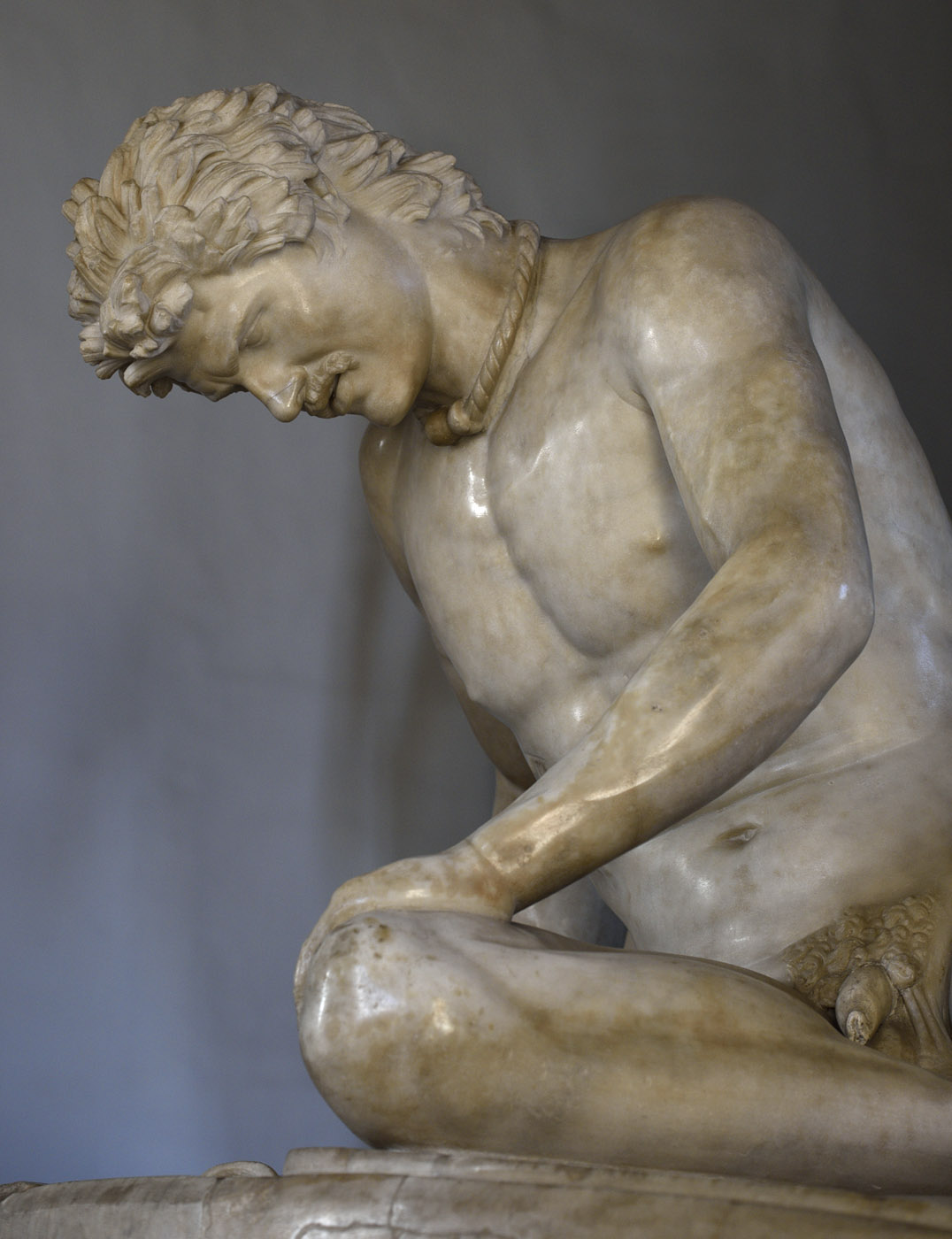 """Dying Gaul (also known as """"Galata Capitolino""""). A close-up. Marble. Roman copy of the lost Hellenistic original of the 3rd century BCE. Inv. No. MC 747. Rome, Capitoline Museums, Palazzo Nuovo, Hall of the Gaul"""