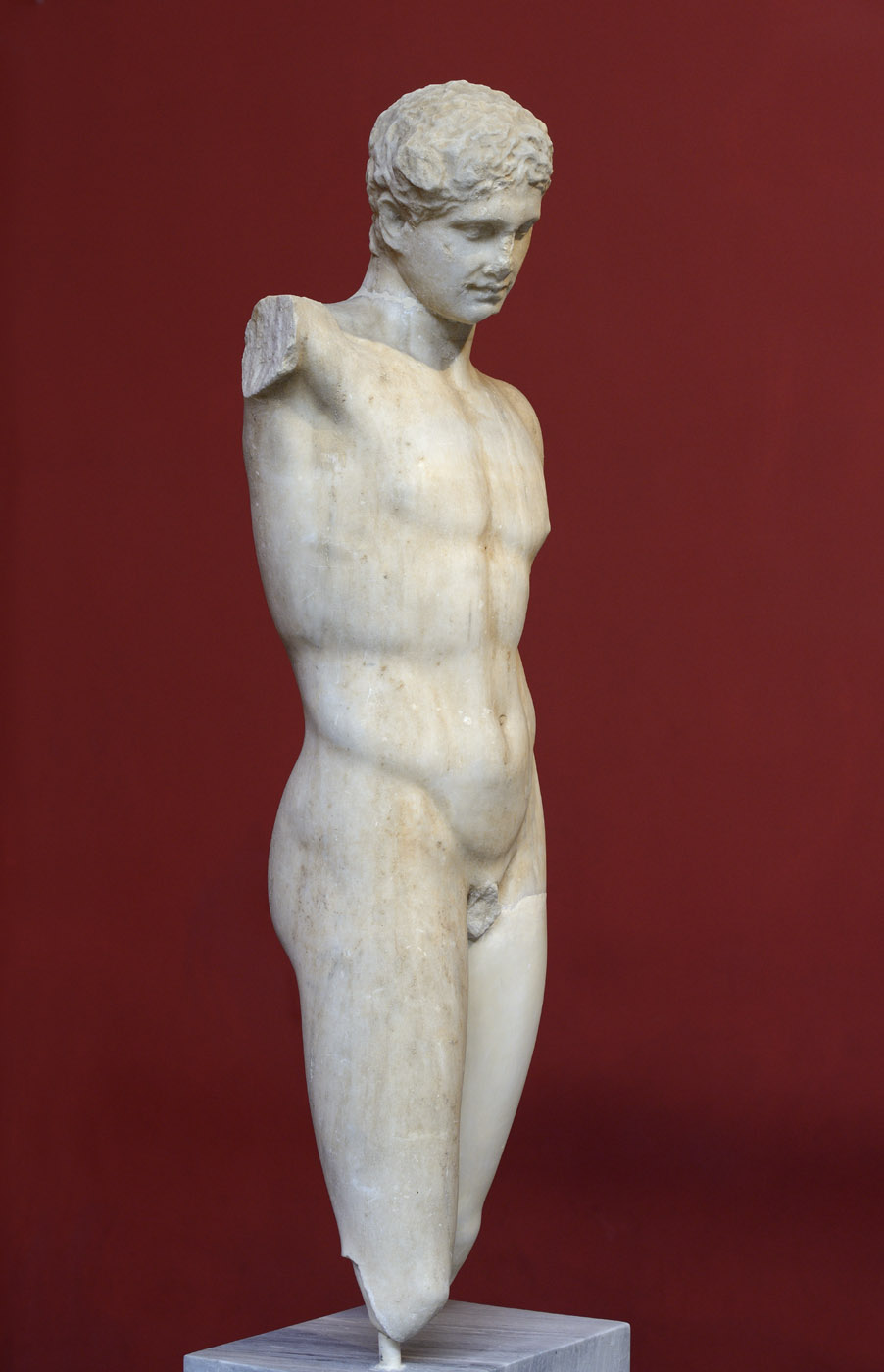 Statue of an athlete. Pentelic marble. Copy of the second half of 2nd cent. BCE after an original by Polycleitos made about 440 BCE. Inv. No. 254. Athens, National Archaeological Museum