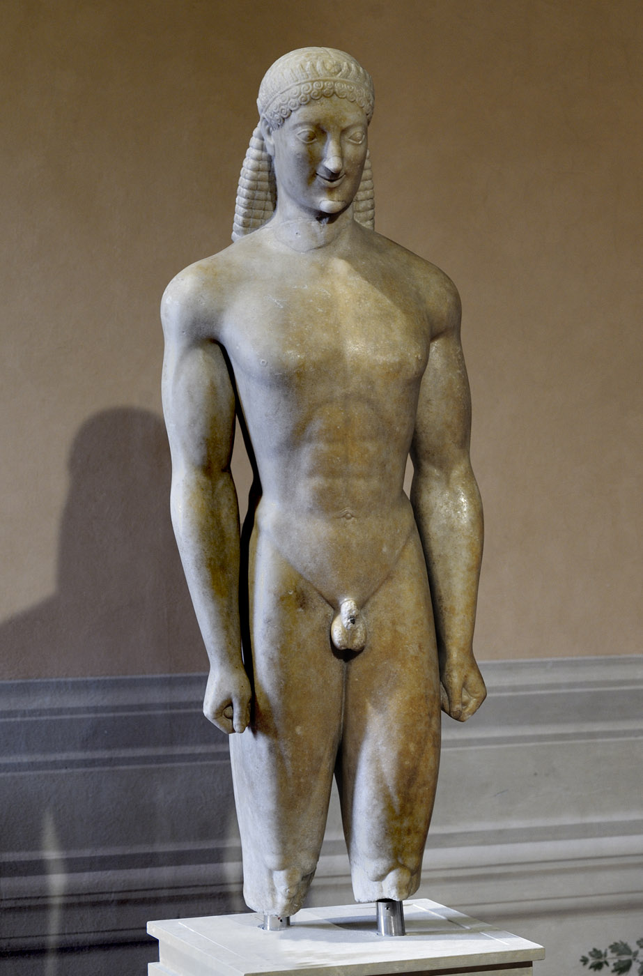 Kouros (funerary statue of a youth), so-called Apollo Milani. Parian marble. Attic work. Ca. 550 BCE. Inv. No. 99042. Athens, National Archaeological Museum