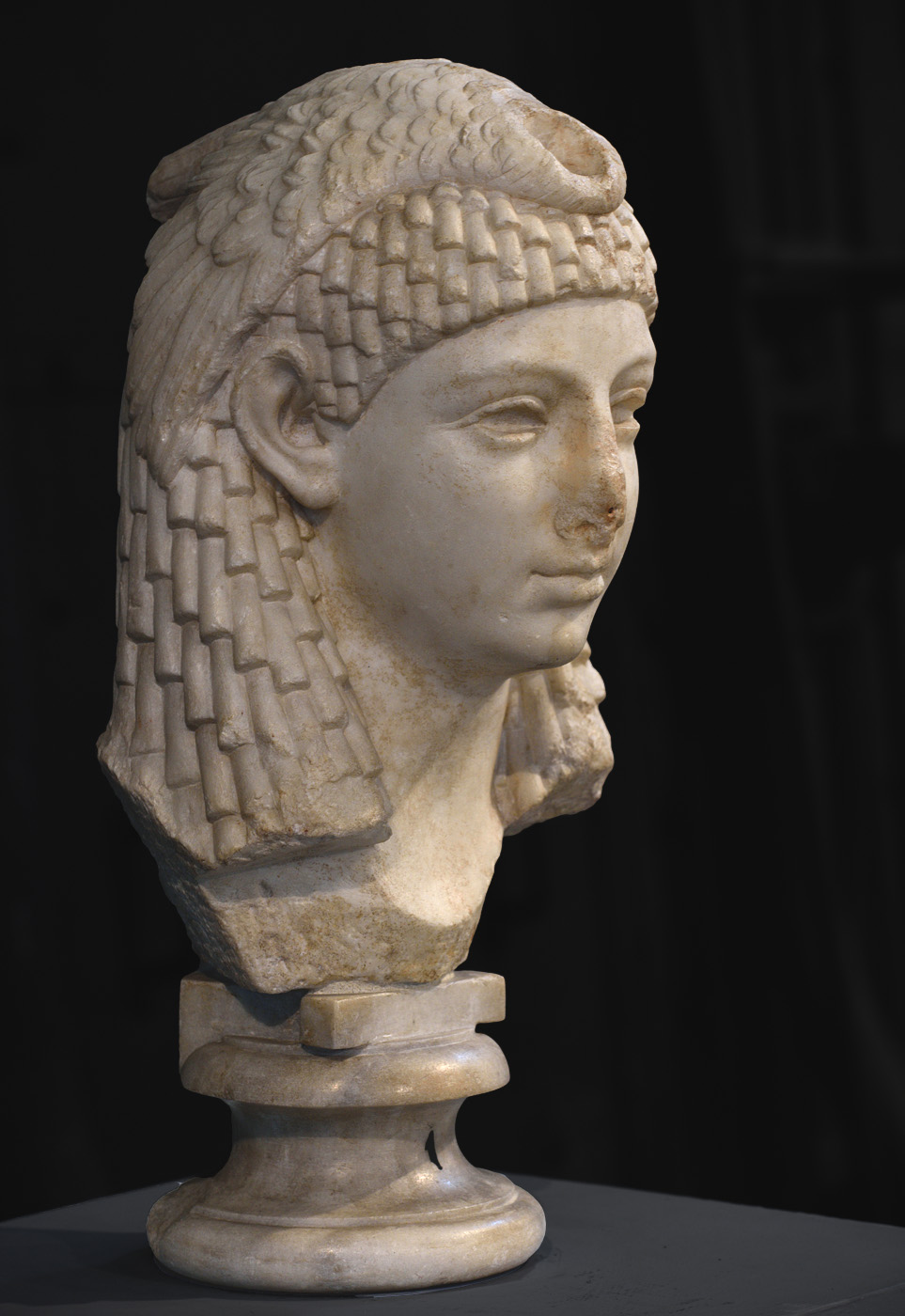 Isis. Pentelic marble. 1st cent. BCE. Inv. No. MC 1154. Rome, Capitoline Museums, Museum Montemartini (Centrale Montemartini), II. 42