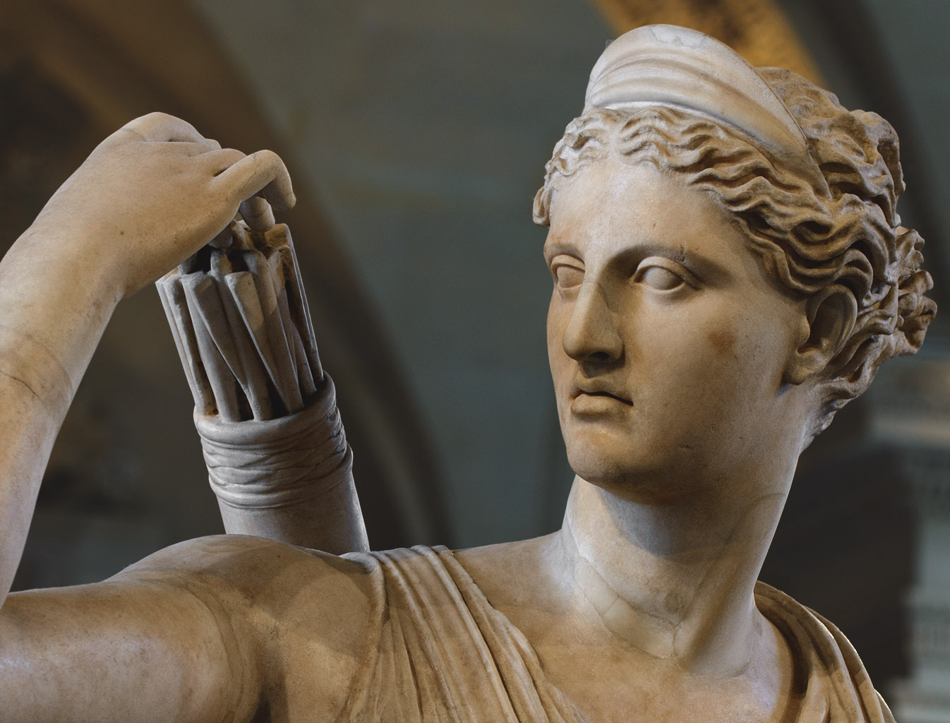 """Diana (Artemis) Huntress known as Diana of Versailles. The """"Seville-Palatine"""" type. Marble. Roman copy of the 1st—2nd cent. CE of a lost Greek bronze original attributed to Leochares, ca. 325 BCE. Inv. No. MND 1560 / Ma 3435. Paris, Louvre Museum, Galerie des Caryatides"""