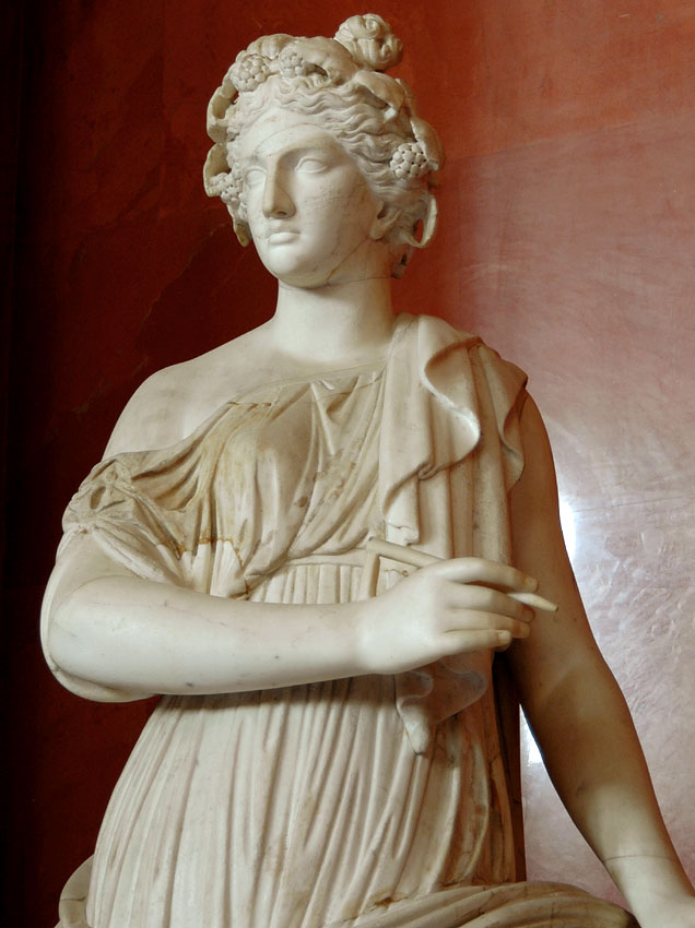 Clio. Detail. Marble. Roman copy of the 2nd century after a Greek original of the 3rd—2nd centuries BCE.  Inv. No. A 378. Saint Petersburg, The State Hermitage Museum
