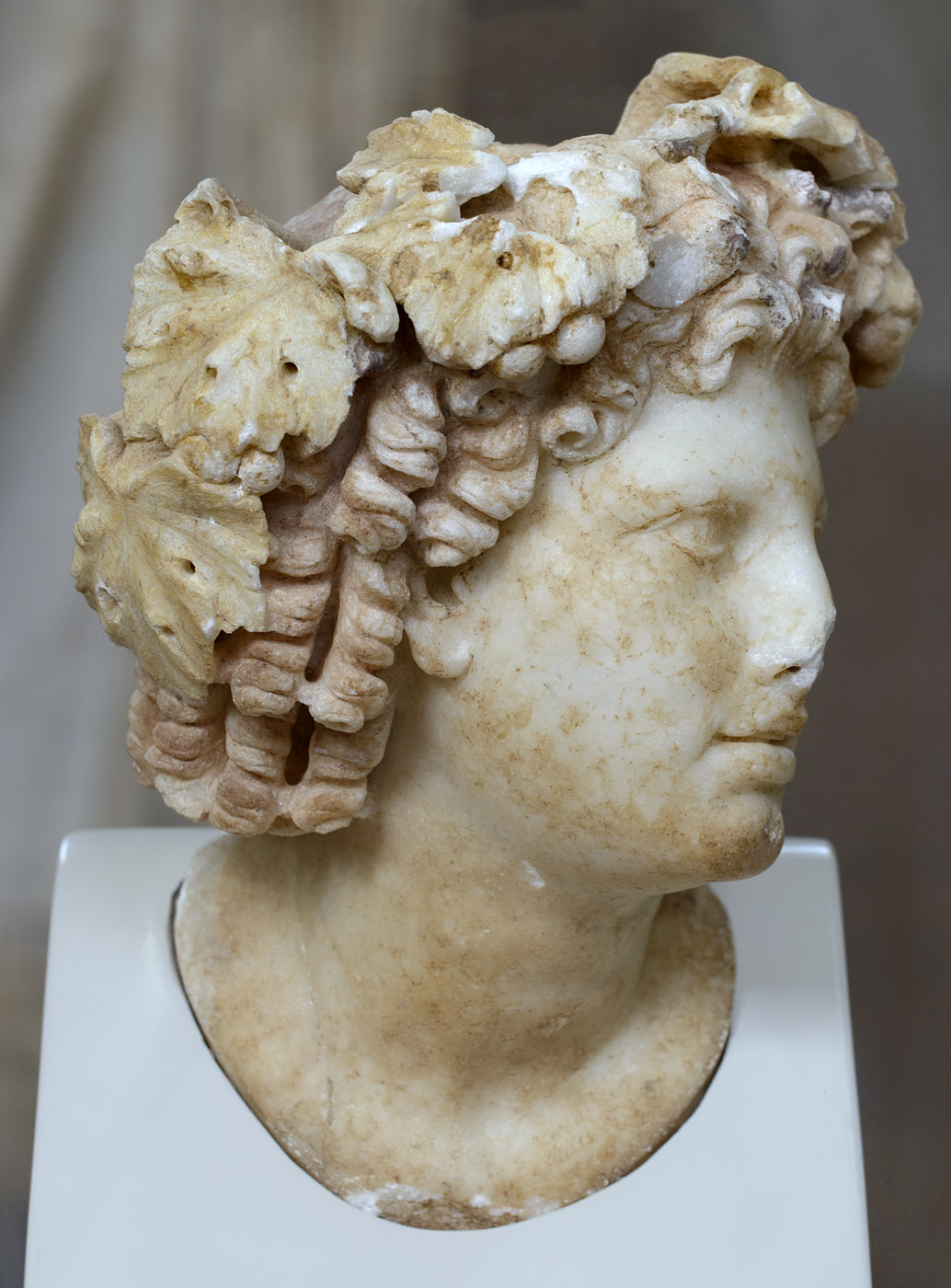 Head of Dionysos. Marble. 2nd cent. CE. Inv. No. S 1669. Corinth, Archaeological Museum of Ancient Corinth