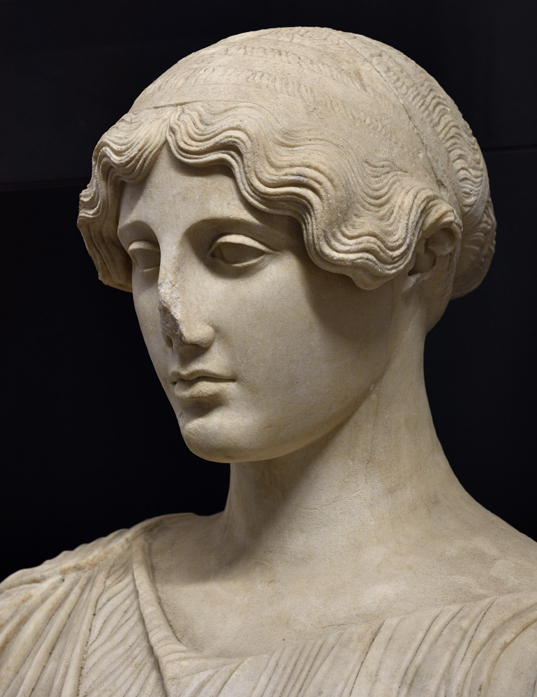 Persephone (close-up). Pentelic marble. Beginning of the 1st cent. CE. Baia, Archaeological Museum of the Phlegraean Fields
