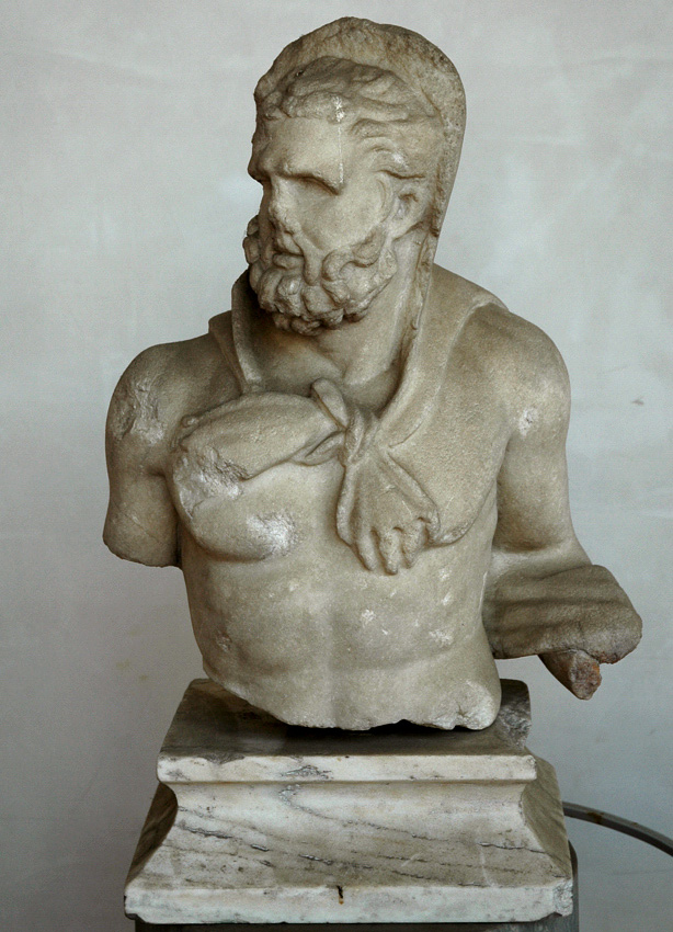 Statuette of Heracles. Greek marble. 117—138 CE. Rome, Roman National Museum, Baths of Diocletian