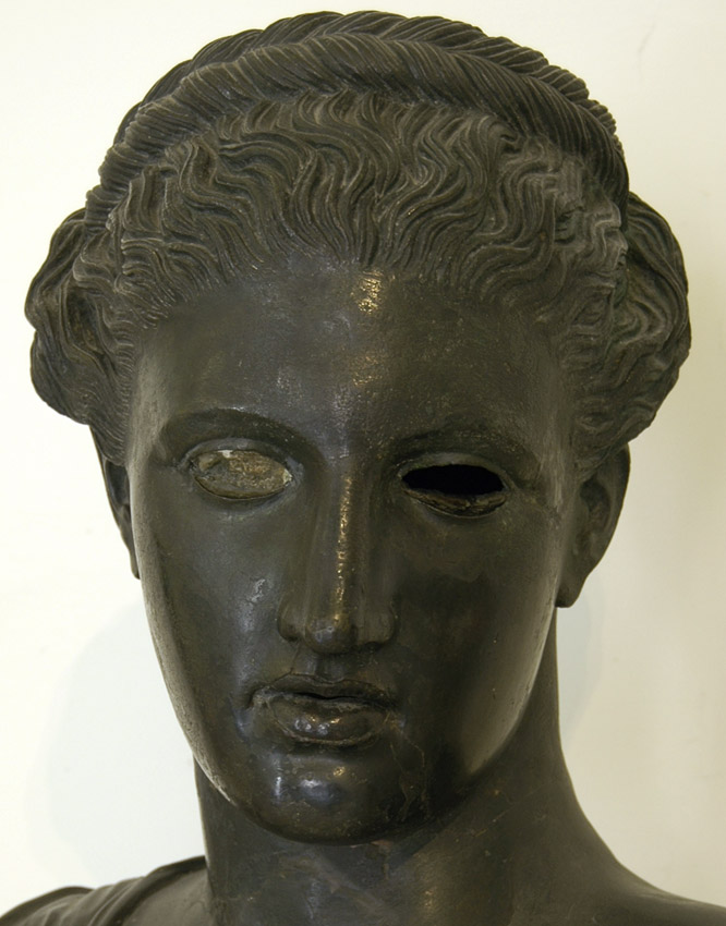 Bust of Artemis? (Bust of Sapho?). Detail. Bronze. After Greek original of the 4th century BCE.  Inv. No. 5592. Naples, National Archaeological Museum