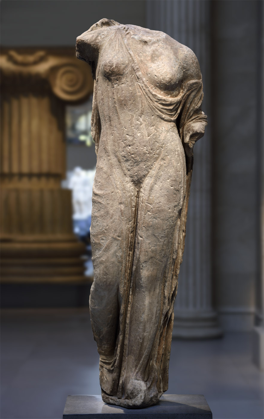 Statue of Venus Genetrix. Marble. Roman copy of 1st—2nd cent. CE of a Greek bronze statue of the late 5th century BCE, attributed to Callimachus. Inv. No. 32.11.3. New York, the Metropolitan Museum of Art