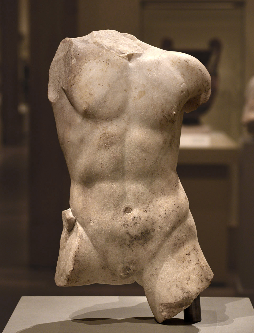 Torso of a boy (Niobe's son?). Marble. Roman period (1st—2nd cent. CE) based on a Greek original ca. 425—400 BCE. Inv. No. 07.286.108. New York, the Metropolitan Museum of Art
