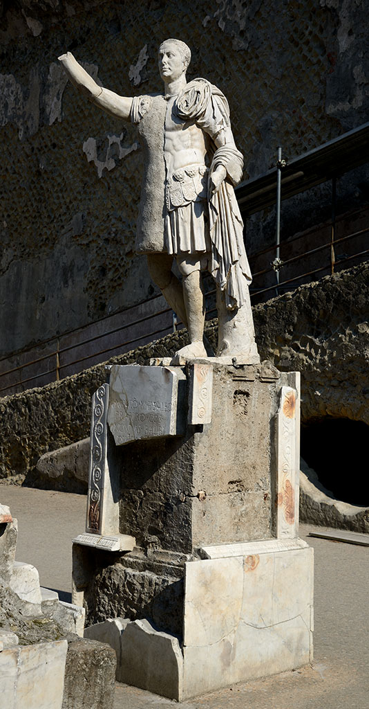 Marble statue of Marcus Nonius Balbus reconstructed from fragments. Marble. Second half of the 1st century BCE. Herculaneum, terrace of Marcus Nonius Balbus