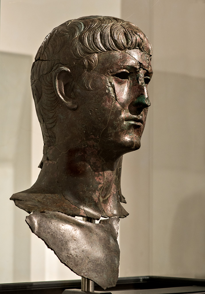 Lucius Cornelius Pusio. Bronze. 41—54 CE. Inv. No. 48134. Rome, Roman National Museum, Baths of Diocletian
