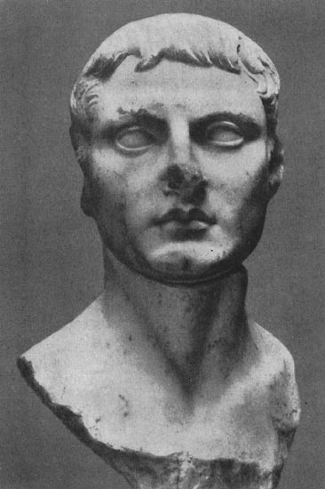Bust of a young man (Paulus Fabius Persicul?) Marble. Early 1st century. Athens, Museum of the Ancient Agora