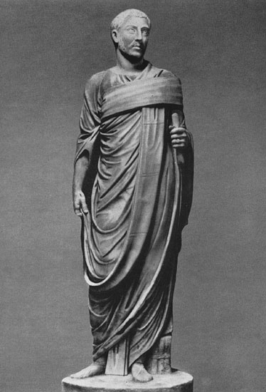 Statue of a Roman in toga. Marble. Ca. 260. Rome, Roman National Museum