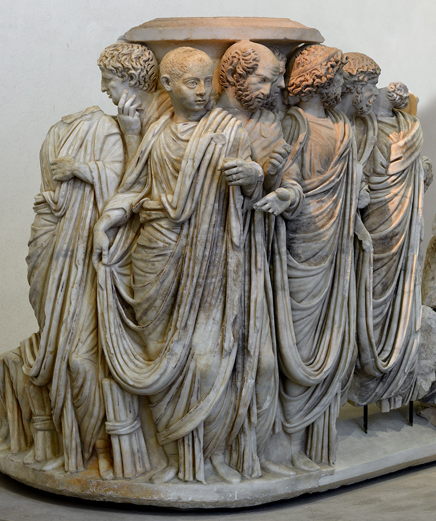 A lenos sarcophagus with processus consularis (a procession for the appointment of a consul). Greek marble (Parian?). Rome, c. 270 CE. Inv. No. 126372. Rome, Roman National Museum, Palazzo Massimo alle Terme