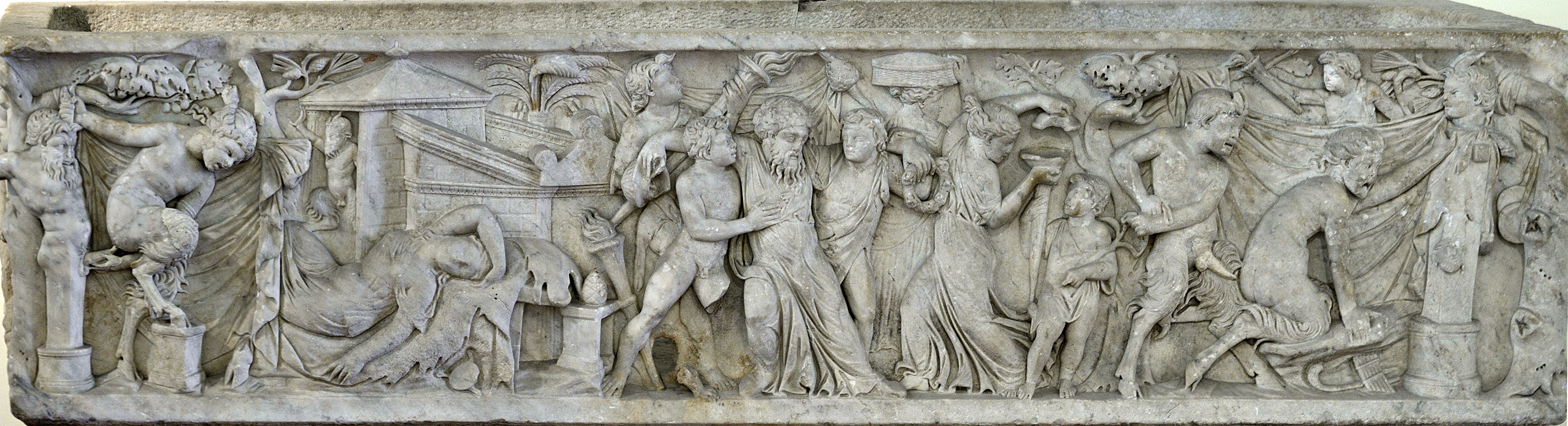 Sarcophagus with scenes of bacchanalia. White marble. 140—160 CE. 204 × 510 × 66 cm. Inv. No. 27710. Naples, National Archaeological Museum