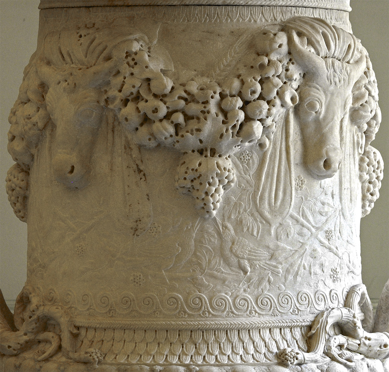 The Piranesi vase (close-up). Marble. Ancient parts — 1st cent. BCE — 1st cent. CE. Composition by G. B. Piranesi — second half of the 18th cent.  Inv. No. A. 121 / Gr-3023. Saint Petersburg, The State Hermitage Museum